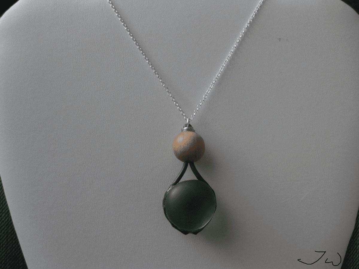 Green Round glass chain necklace with Wood bead