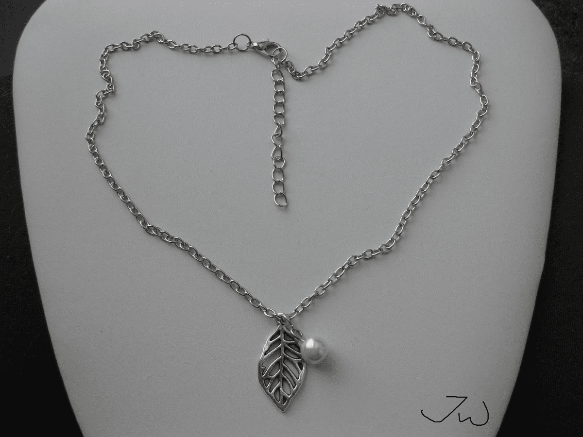 Leaf and Pearl bead Tibetan silver Necklace