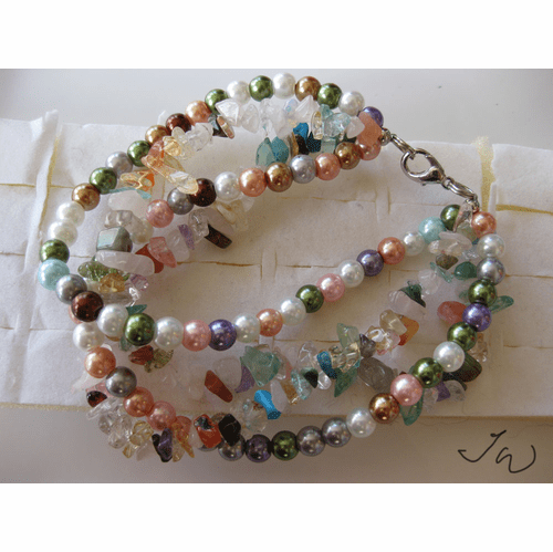 Mixed gems and Crystal bracelet