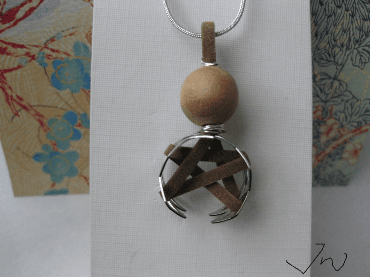 Star Leather Silver Plated Necklace with Wood Bead