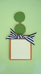 Topiary<br>Sticky-Note Holder