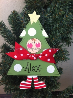 Tree with Kid (GREEN)<br>Christmas Ornament