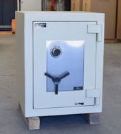 Used AMSEC Amvault CE-2518 TL15 High Security Safe