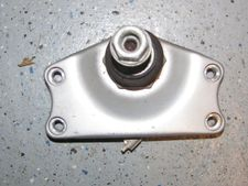 R850/1100R/RT Lower Fork Bridge With Ball Joint, Silver