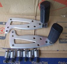 Set of Aftermarket Highway Peg Brackets W/Pegs For All Oilheads