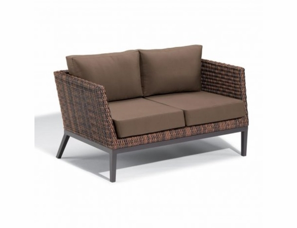 Oxford Garden Salino Wicker Loveseat