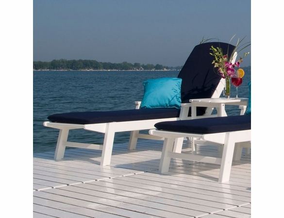 POLYWOOD® Nautical Wheeled Chaise with Arms - Stackable