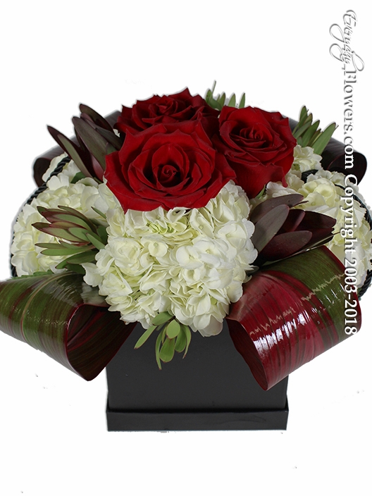 Red Rose And Hydrangea Gift Box