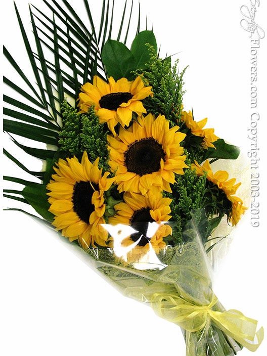 "Sunflower Bouquet <p style=""color:red;"">Sold Out</p>"