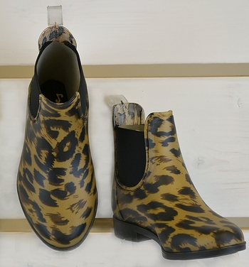 How Do Leopards Get Their Spots Rain Boot (Size 12)