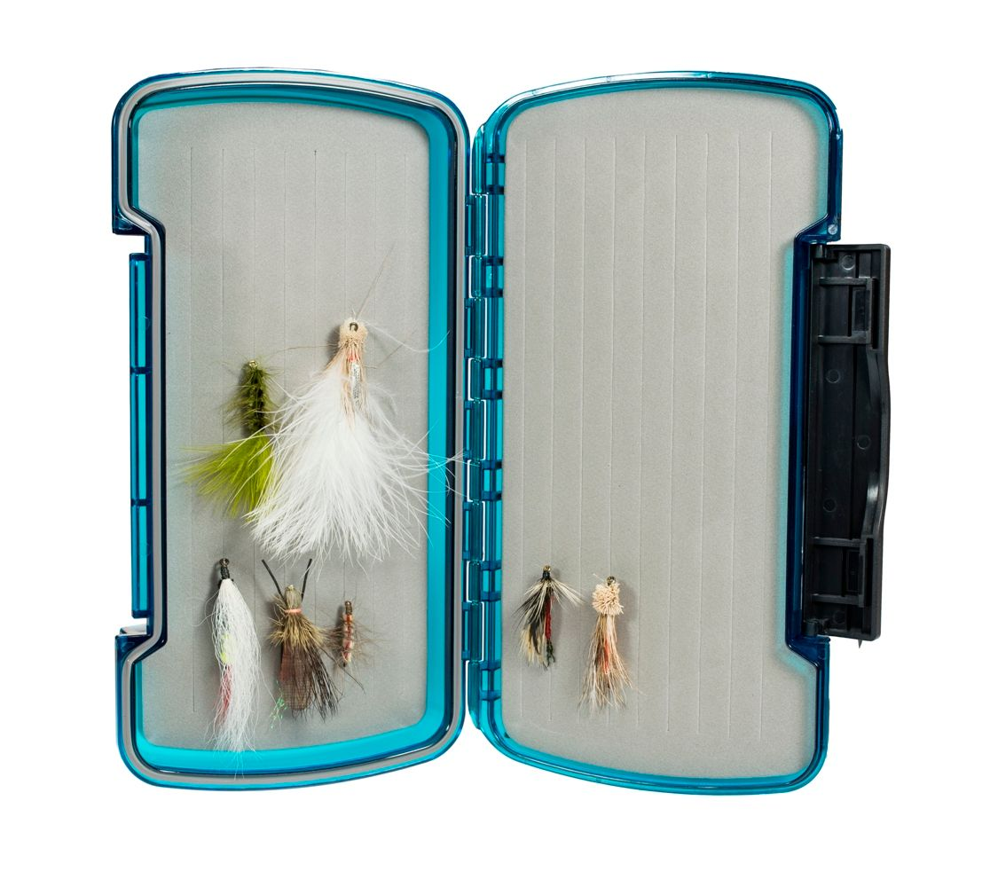New Phase Tacky Fishing Day Pack Fly Box with Free Stainless Steel Black Zinger