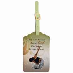 LT05 She Who Kneels Luggage Tag Set