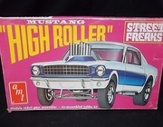 "AMT T157     --       ""High Roller""   Mustang Street Freaks   1:24  (damaged box)"