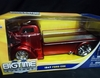Jada 96233      --      1947 Ford COE - Red    1:24