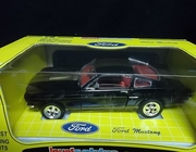 Jouef 3118   --      Mustang GT 350    1:18    (plastic on box front has scuff marks)