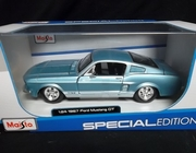 Maisto 31260      --     1967 Ford Mustang GT    1:24