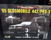 Revell 4446      --      '85 Oldsmobile 442/FE3-X Show Car   Special Edition   1:25