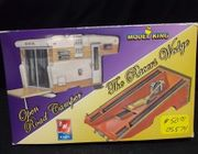 AMT 21453    --    Open Road Camper & The Racers Wedge   1:25