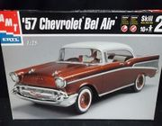 AMT 31543     --   '57 Chevy Bel Air     1:25