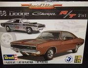 Revell 4202      --      '68 Dodge Charger R/T 2'n1 / Special Edition   1:25