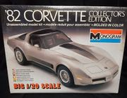 Monogram 2408     --      '82 Corvette Collector's Edition   **1:20