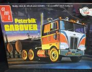 AMT 759/06     --    Peterbilt Cabover Model 352 Pacemaker Tractor   1:25