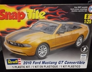 Revell 1963   --   2010 Ford Mustang GT Convertible  /  SnapTite  1:25