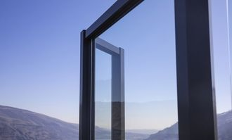 Black Aluminum Glass Railing - Columbia River Gorge, OR