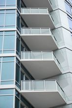 White Aluminum Glass Railing - Los Angeles, CA