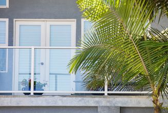 White Aluminum Glass Railing - San Diego, CA