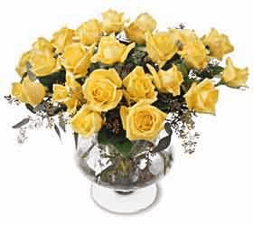 Classic Rose Bouquet Yellow