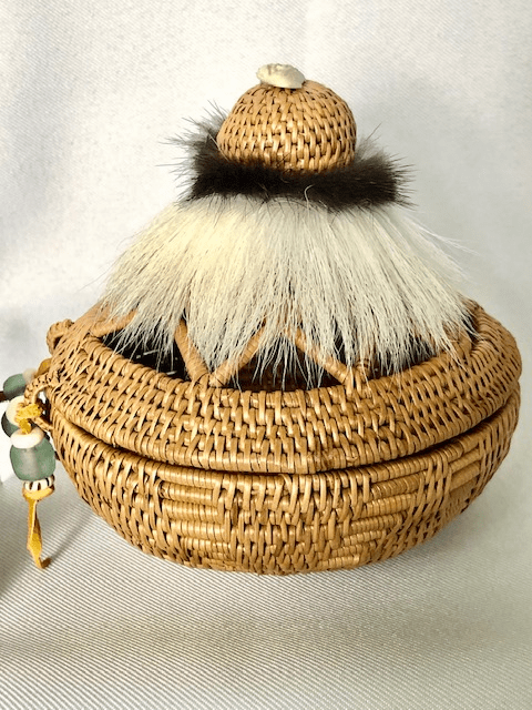 HAND WOVEN GRASS BASKET WITH TIERED OPEN WEAVE LID