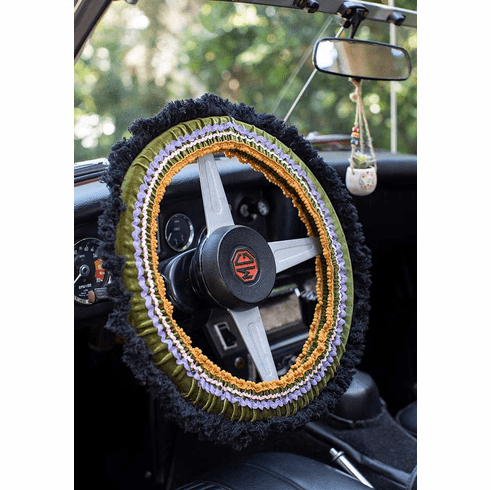 "Green and Black Steering Wheel Cover - ""Natural Life"""