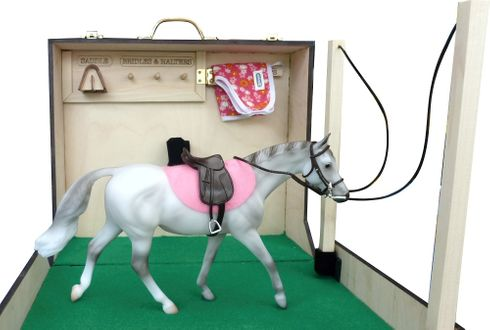 horse and Tack Carrying Case