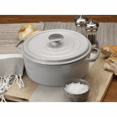 Bayou Classic 5-Quart Weathered Grey Cast Iron Dutch Oven with Lid, Model 7720S
