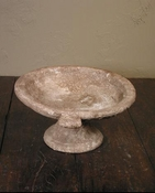 footed oval bowl
