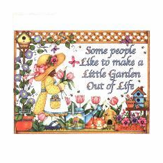 Country Decorative Some people make a little garden out of life tshirt shirt