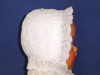 """<img src=""""https://p11.secure.hostingprod.com/@grammies-attic.com/ssl/images/blue-sold-1.gif""""> Exquisite Heirloom Early 1900s White Lace Christening Cap"""