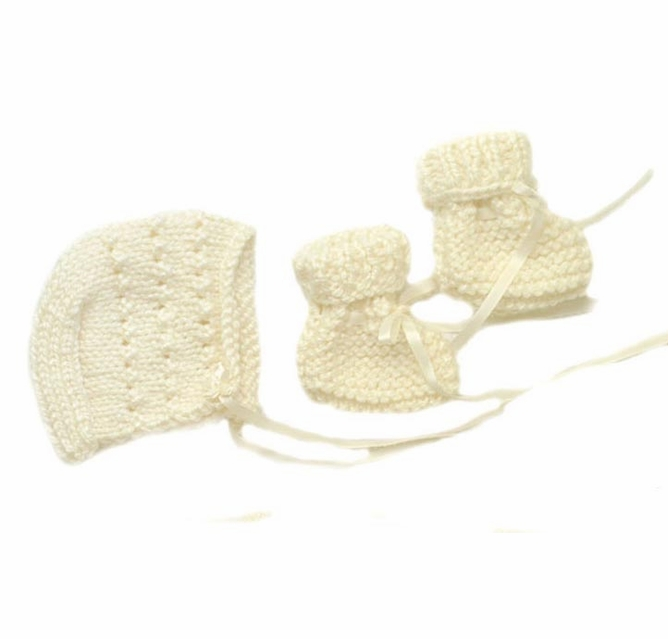 BABY GIRLS KIDS KNITTED warm winter hat size 9-24 months NEW TIE UP