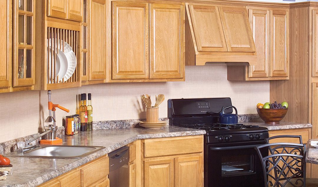 Country Oak Honey Kitchen Cabinets