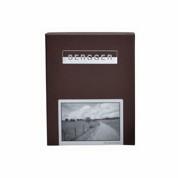 "Bergger Pancro 400 Black and White Negative Film 8"" X 10"" / 25 Sheets"