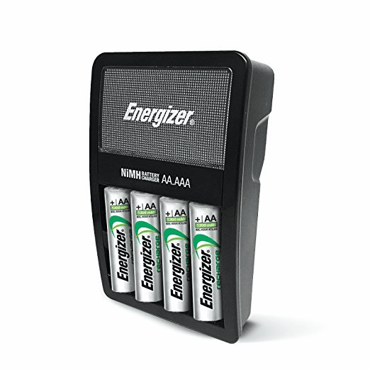 Energizer Max NiMH Charger with 4 AA 2300 mAh Rechargeable Energizer Batteries