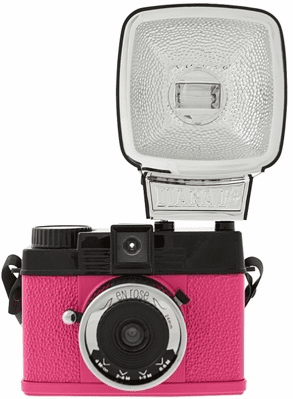 Lomographic Society Diana MINI En Rose PINK 35mm Camera WITH FLASH