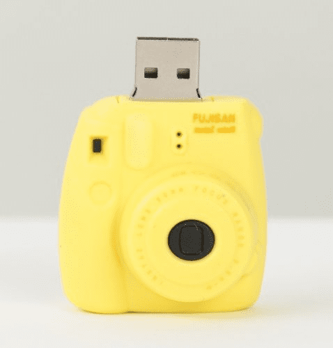 Superheadz Camera Shaped (Instax) Mini Cheri USB 8 GB