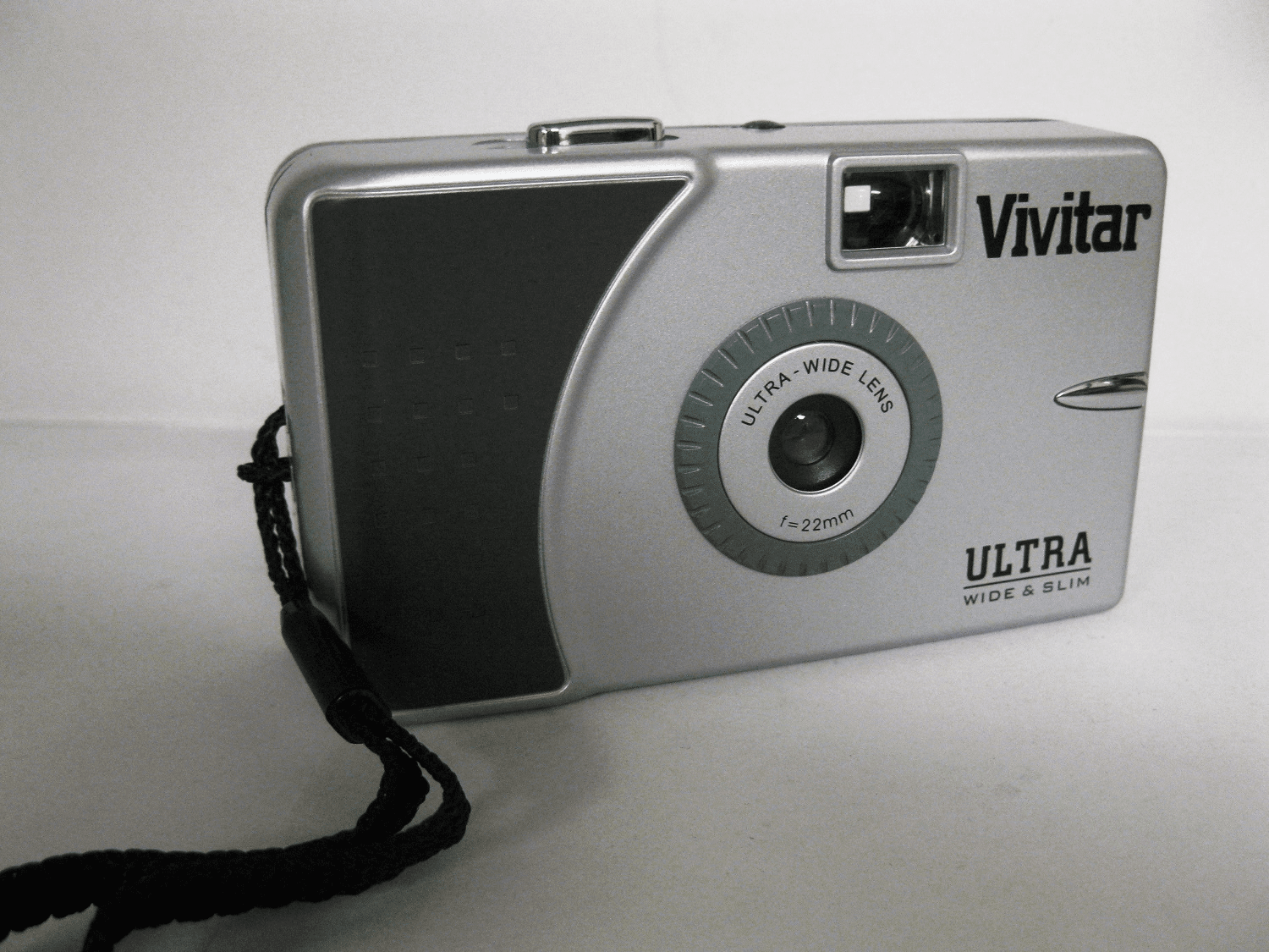 Vivitar Wide & Slim Camera with 22mm Wide Angle Lens