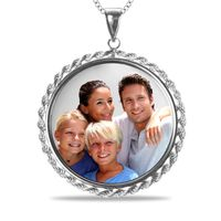 Picture Circle Pendant with Rope Border