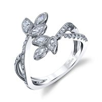 18kt White Gold and Diamond Ring by Parade