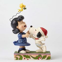Jim Shore Peanuts - Snoopy Kissing Lucy Under Mistletoe