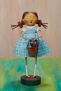 Lori Mitchell - Off To See The Wizard of Oz Figurine, Dorothy & Toto