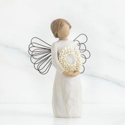 Willow Tree Sweetheart Angel by Susan Lordi